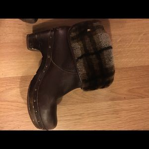 Ugg flannel sherpa lined short boots
